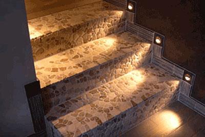 Варианты освещения лестницы