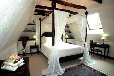 Обустройство спальни: выбор качественных и красивых моделей кроватей и матрасов