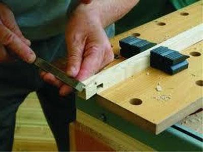Как отремонтировать домашнюю мебель?