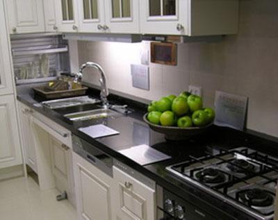Разновидности кухонных столешниц
