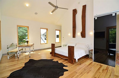Выбираем деревянную кровать в спальню