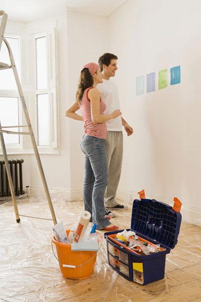 Как спасти мебель от повреждений во время ремонта?