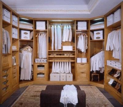 Оформляем гардеробную комнату