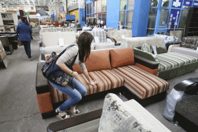 Как поступить в случае покупки бракованной мебели