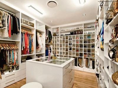 Хорошая гардеробная как удобное место хранения