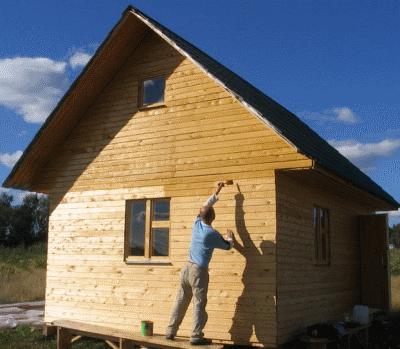 Как выбрать краску для деревянного дома?
