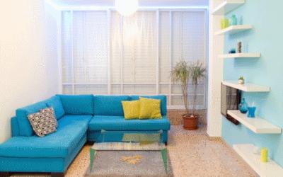 Оригинальная цветная мебель в дизайне интерьере