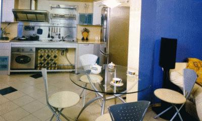 Функционально объединяем кухню и балкончик