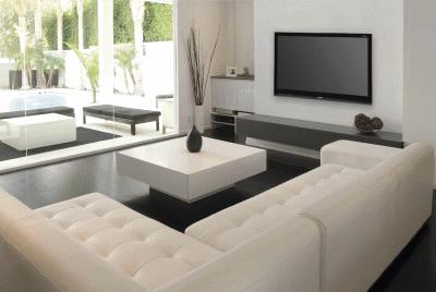 Текстильный или кожаный диван для дома