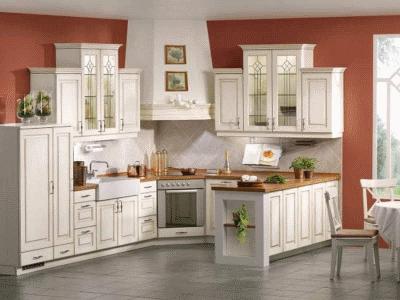 Кухонная мебель с фасадами патина