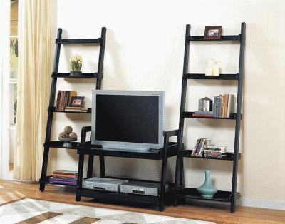 Использование стеллажей в интерьере квартиры