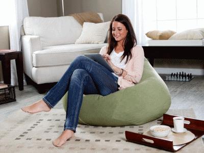 Необычная комфортная мягкая мебель в дизайне интерьера