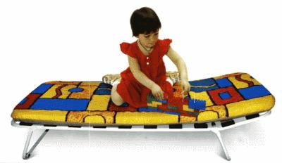 Детская раскладушка: выгоды от приобретения