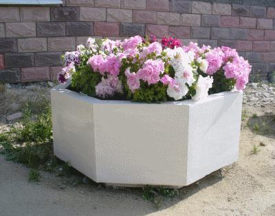 Особенности бетонных вазонов