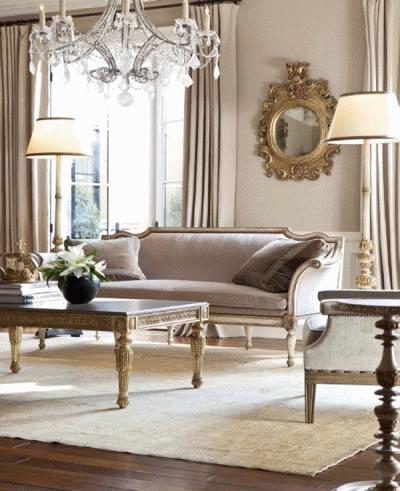 Гостиная в дизайнерском французском стиле