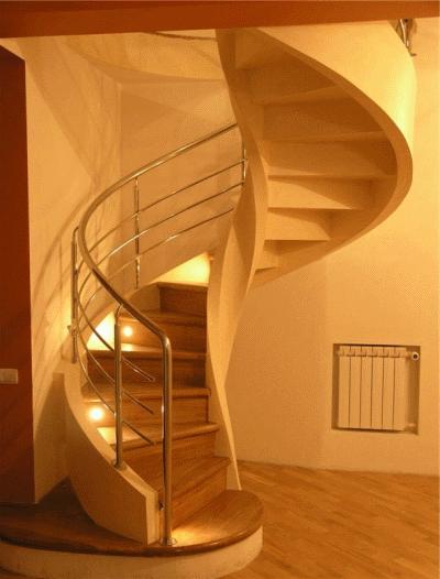 Украшение дома: лестница