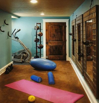 Выбор тренажеров и мебели в домашний спортивный уголок