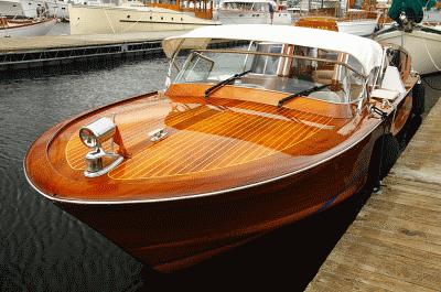 Только у нас вы сможете приобрести яхтный лак по самой выгодной цене и защитить любой деревянный материал